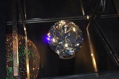 """""""Swarovski Kristallwelten Centenary Paperweight"""""""