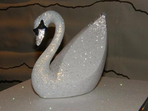 """""""Swarovski's Pointiage Swan"""""""